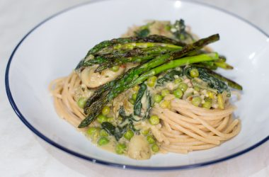 Creamy Garlic and Spinach Spaghetti