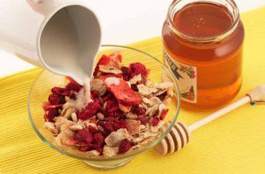Gluten-Free Red Berry And Chia Muesli