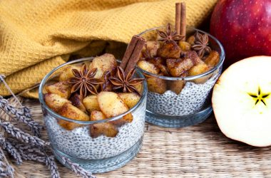 Apple & Cinnamon Spiced Chia Pudding