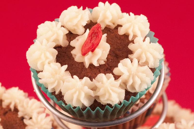 Cake Topping /& Danish Pastry Decoration 200g White Nib Sugar Crunch Sprinkles